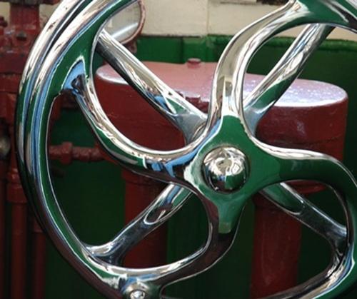 791521-la rueda del timón